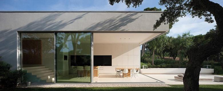Rian House